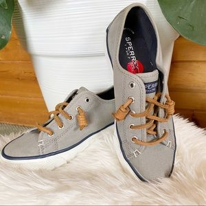 Sperry gray lace tennis shoes please boat 6 flats